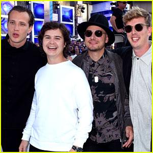 Lukas Graham Makes MTV VMAs Red Carpet Debut!