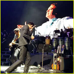 Marc Anthony Breaks Down While Paying Tribute to Juan Gabriel