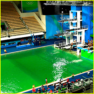 Olympics Diving Pool Water Turns Green, Tom Daley Reacts!