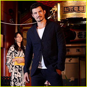Orlando Bloom Makes Appearance in Tokyo for British Airways