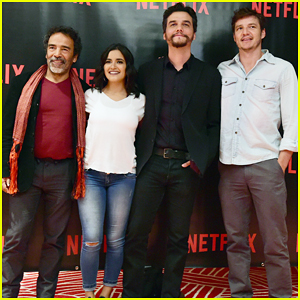 Pedro Pascal & 'Narcos' Cast Hit Mexico City Ahead Of Season 2 Premiere!