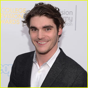 RJ Mitte from 'Breaking Bad' Wants to See More People With Disabilities in Hollywood