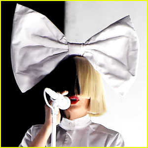 Sia Has Shown Her Face Many, Many Times Without a Wig