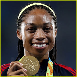 Team USA's Allyson Felix Wins Her Sixth Gold in Women's 4x400 Relay!