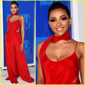 Tinashe is Red Hot As She Arrives at the MTV VMAs 2016!