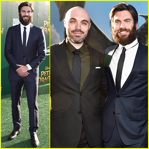 Wes Bentley Suits Up For 'Pete's Dragon' World Premiere!