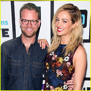 Abby Elliott Is Married to Writer Bill Kennedy!