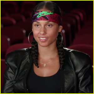 Alicia Keys Sings 'Back to Life' for 'Queen of Katwe' Soundtrack!