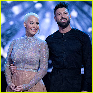 Amber Rose Performs Foxtrot on 'DWTS' Fall 2016 Premiere - Watch Now!