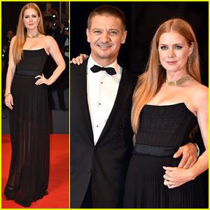 Amy Adams Stuns at 'Arrival' Venice Premiere with Jeremy Renner