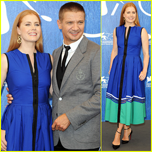 Amy Adams & Jeremy Renner Debut 'Arrival' In Venice - Watch Brand New Clip!