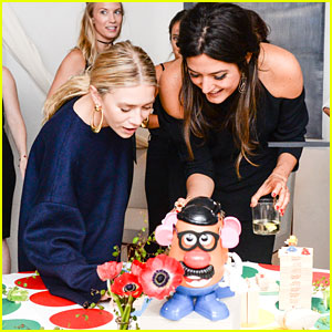 Ashley Olsen Plays Classic Board Games During NYFW!