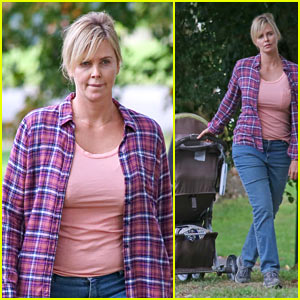 Charlize Theron Hits the Park While Filming 'Tully'