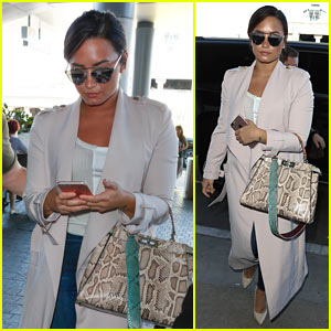 Demi Lovato is On Her Way to Italy!