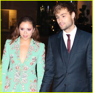 Douglas Booth & Bel Powley Are Dating!