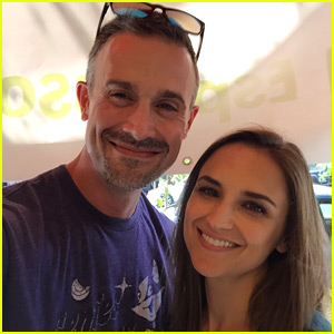 Freddie Prinze Jr. & Rachael Leigh Cook Have a 'She's All That' Reunion!
