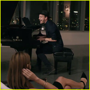 Gavin DeGraw Cozies Up to Model Jessica Vargas in 'She Sets The City On Fire' Music Video