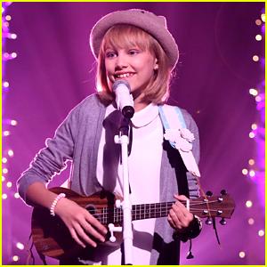 Grace VanderWaal Performs Original Song 'Clay' on 'The Tonight Show' (Video)