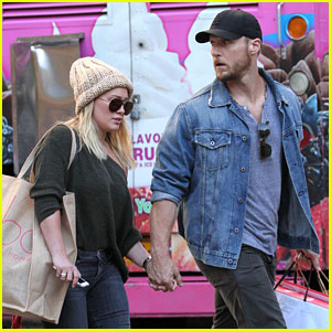 Hilary Duff & Jason Walsh Spotted Holding Hands for First Time!