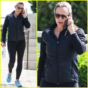 Jennifer Garner Spends Her Morning Working Up a Sweat