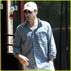 Jon Hamm Keeps Things Casual for Little Dom's Lunch in L.A.