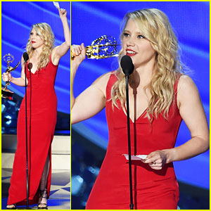 Kate McKinnon Wins Supporting Actress in Comedy at Emmys 2016!