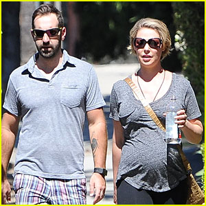Katherine Heigl & Josh Kelley's Daughter Naleigh Wants To Be a Singer/Actress!
