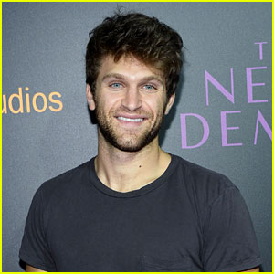 'Pretty Little Liars' Star Keegan Allen Crashes Phone Line by Tweeting His Number