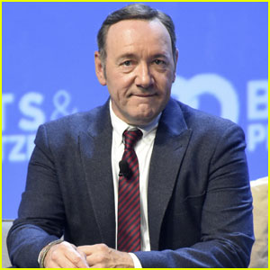 Kevin Spacey Stars in Tom Odell's 'Here I Am' Video - Watch!