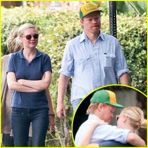 Kirsten Dunst & 'Fargo' Co-Star Jesse Plemons Get Affectionate After Lunch
