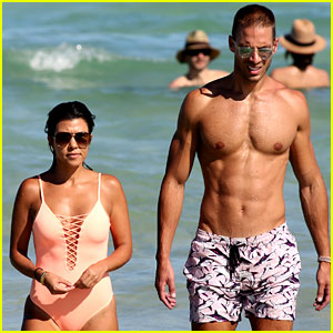 Kourtney Kardashian Pal Simon Huck Bare Hot Beach Bodies In Miami