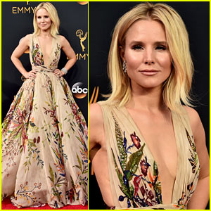 Kristen Bell Looks Fab in Floral on the Emmys 2016 Red Carpet!