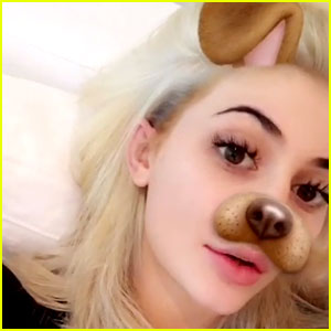 Kylie Jenner Dyes Her Hair Platinum Blonde - See the Photos!