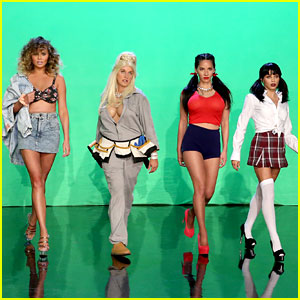 Ellen DeGeneres, Chrissy Teigen, Jenna Dewan, & Olivia Munn Parody 'Magic Mike' - Watch Now!