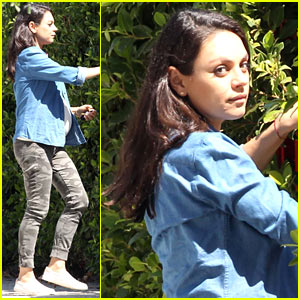 Mila Kunis Bares Her Baby Bump While Visiting a Friend's House