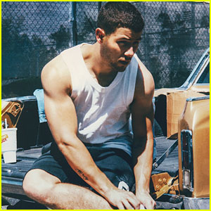 Nick Jonas Puts Buff Biceps on Display for 'Wonderland' Mag
