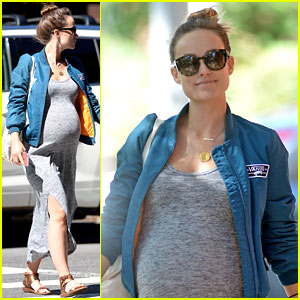 Pregnant Olivia Wilde Slams Subway Riders for Not Giving Her a Seat