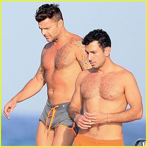 Ricky Martin & Boyfriend Jwan Yosef Vacation on a Boat in Ibiza!