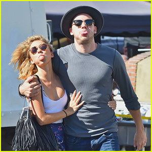 Sarah Hyland & Dominic Sherwood Get Playful with Paparazzi After Breakfast