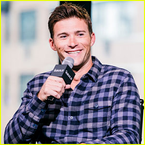 Scott Eastwood Lost Out on This Role to Chris Pratt!