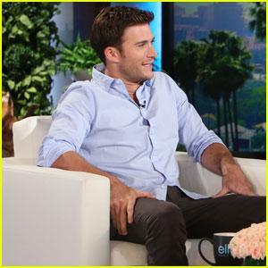 Scott Eastwood Confirms He's Single on 'The Ellen Show'