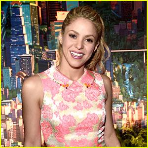Shakira is Back in the Studio Making Music!