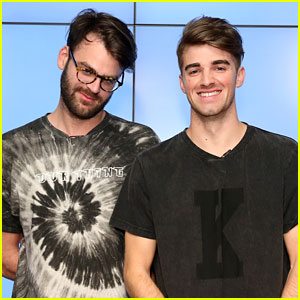 The Chainsmokers' Alex Pall Falls Off Stage During Concert (Video)
