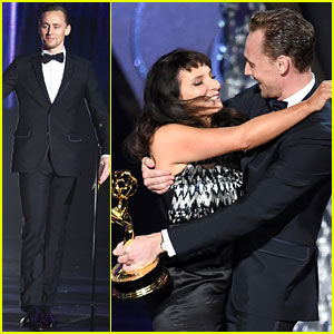 Tom Hiddleston Presents Award to 'Night Manager' Director at Emmys 2016!
