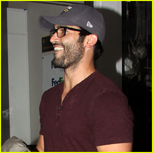 Tyler Hoechlin Says It Was 'Painful' Learning How to Soar Around as Superman!