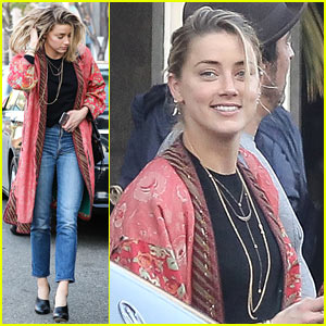 Amber Heard Hangs Out With Mystery Man in Beverly Hills Hotel