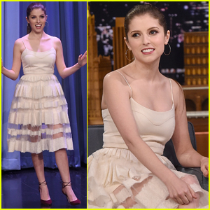 Anna Kendrick Couldn't Afford Shoes to Wear to Her First Oscars