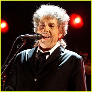 Musician Bob Dylan Wins Nobel Prize for Literature