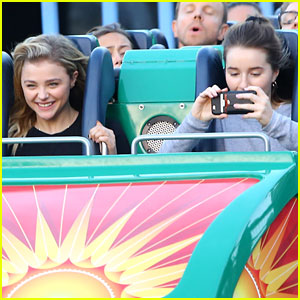Chloe Moretz & Kaitlyn Dever Ride Roller Coasters at Disney!
