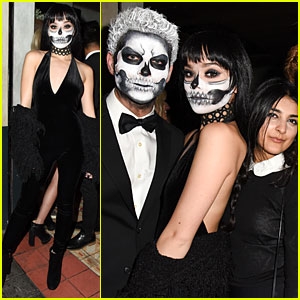 Hailee Steinfeld Looks Fierce with Skull Makeup at Just Jared's Halloween Party!